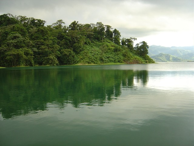 ARE - CT - X - ARENAL LAKE - 01