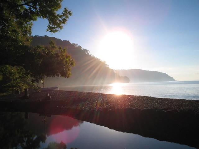 Nicuesa Beach at sunrise