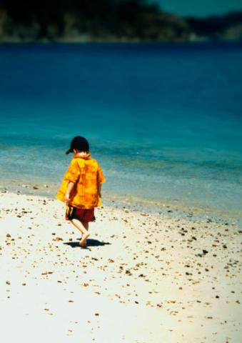Niño-y-mar-(2)