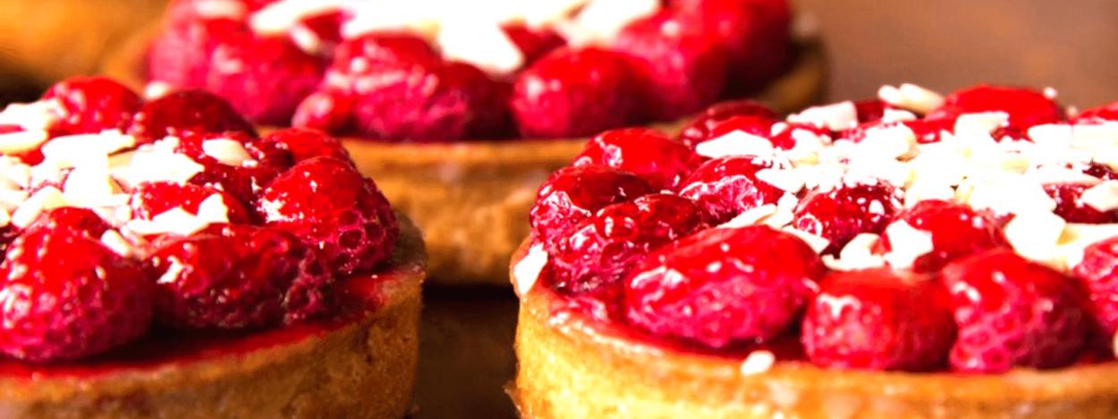 Raspberry tarts at Mocapan in Escazu, San Jose